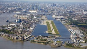 10 london-city-airport-scenic-approaches-super-169